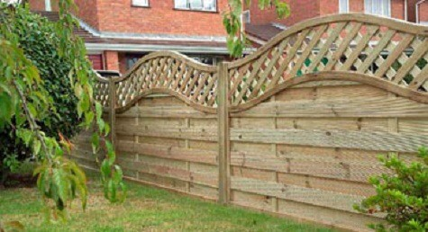 Decking fencing and garden structures in the cotswolds for Garden decking jewsons